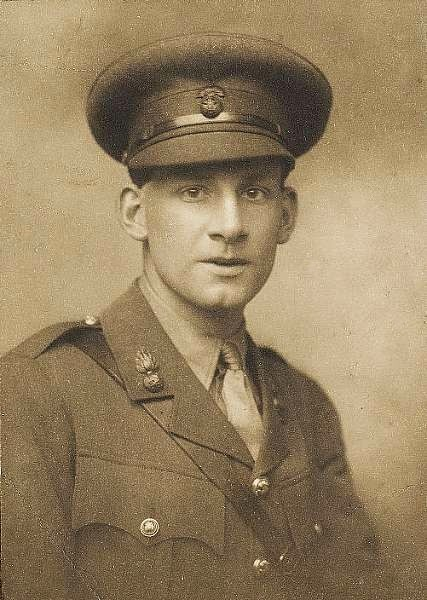 they by siegfried sassoon War and finds them guilty since they prolong the war for the futility  key words:  siegfried sassoon, war poetry, the rear guard, the general, the glory of.
